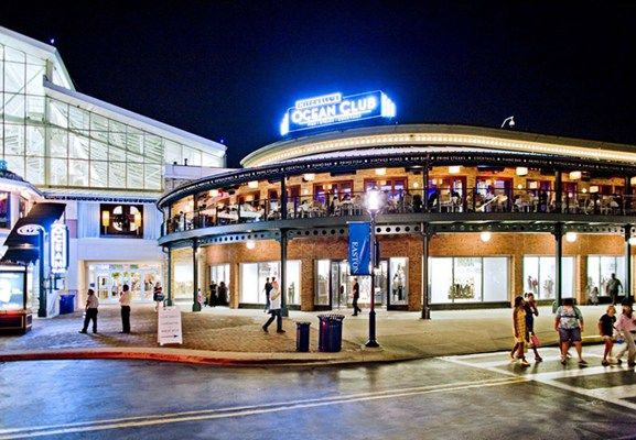 Cameron Mitchell Restaurants S Ocean Club Easton Town Center