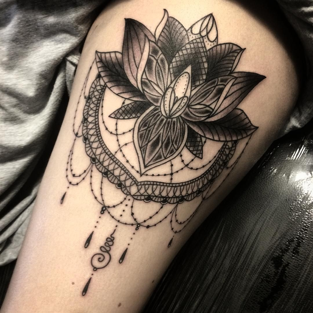 Flower thigh tattoos women fashion and lifestyles - Classic Black Ink Lotus Flower Tattoo On Thigh