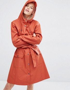 Rains Curve – Lange Jacke mit Gürtel