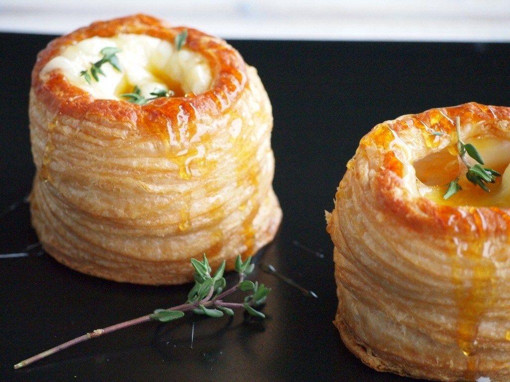 Pasteibakjes met Brie, Honing en Tijm | Flying Foodie.nl