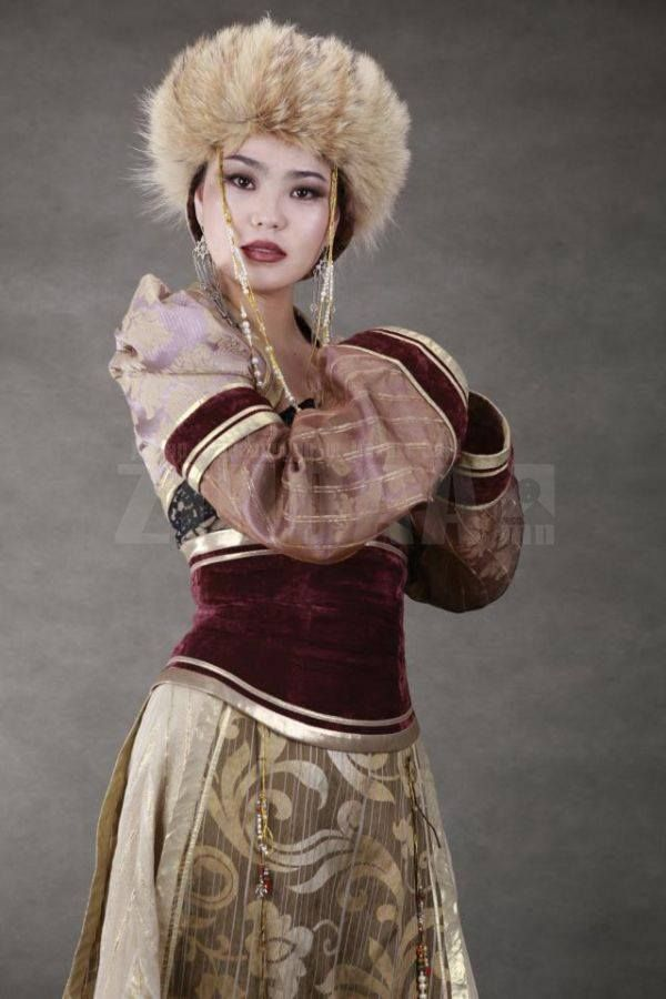 from-topix-mongolian-woman-right