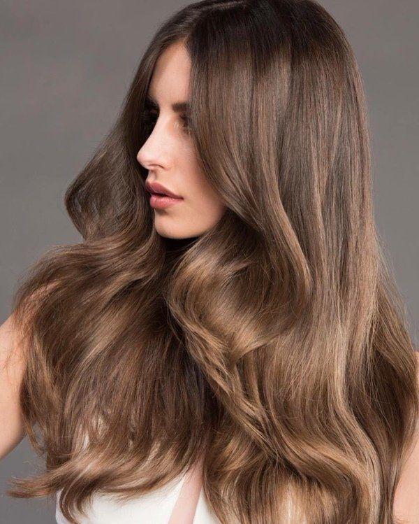Altin Kahve Sac Rengi Ile Isildayan Saclar Altin Ile Isildayan Kahve Rengi Sac Sacrenk Light Golden Brown Hair Gold Brown Hair Golden Brown Hair Color
