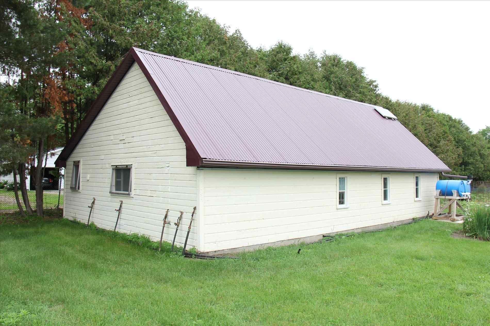 Best Burgundy Metal Roof Metal Roof Roof Design Metal Roof 640 x 480