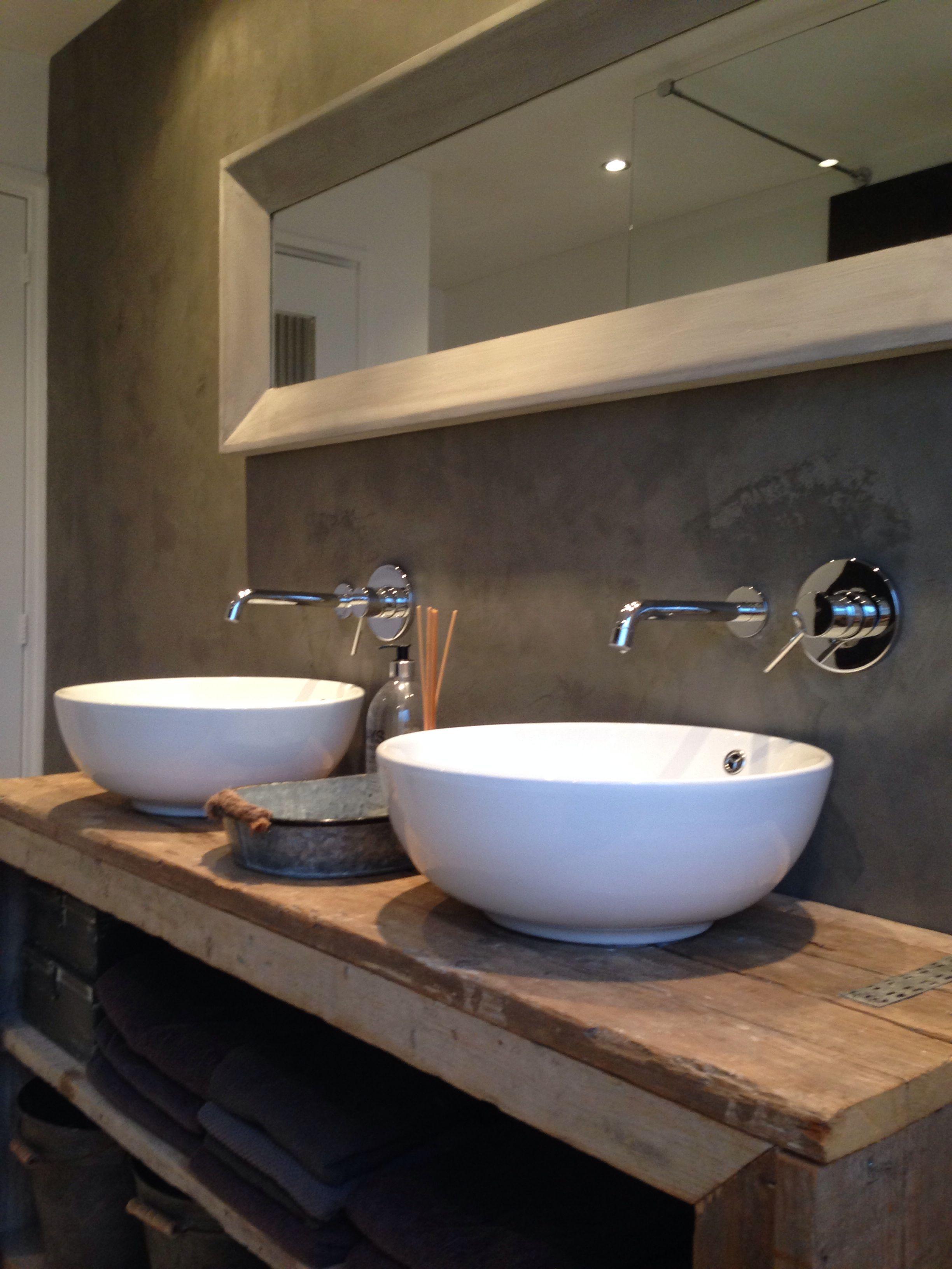Badezimmer-eitelkeiten mit spiegeln runde waschbecken uc  einrichtung  pinterest  waschbecken