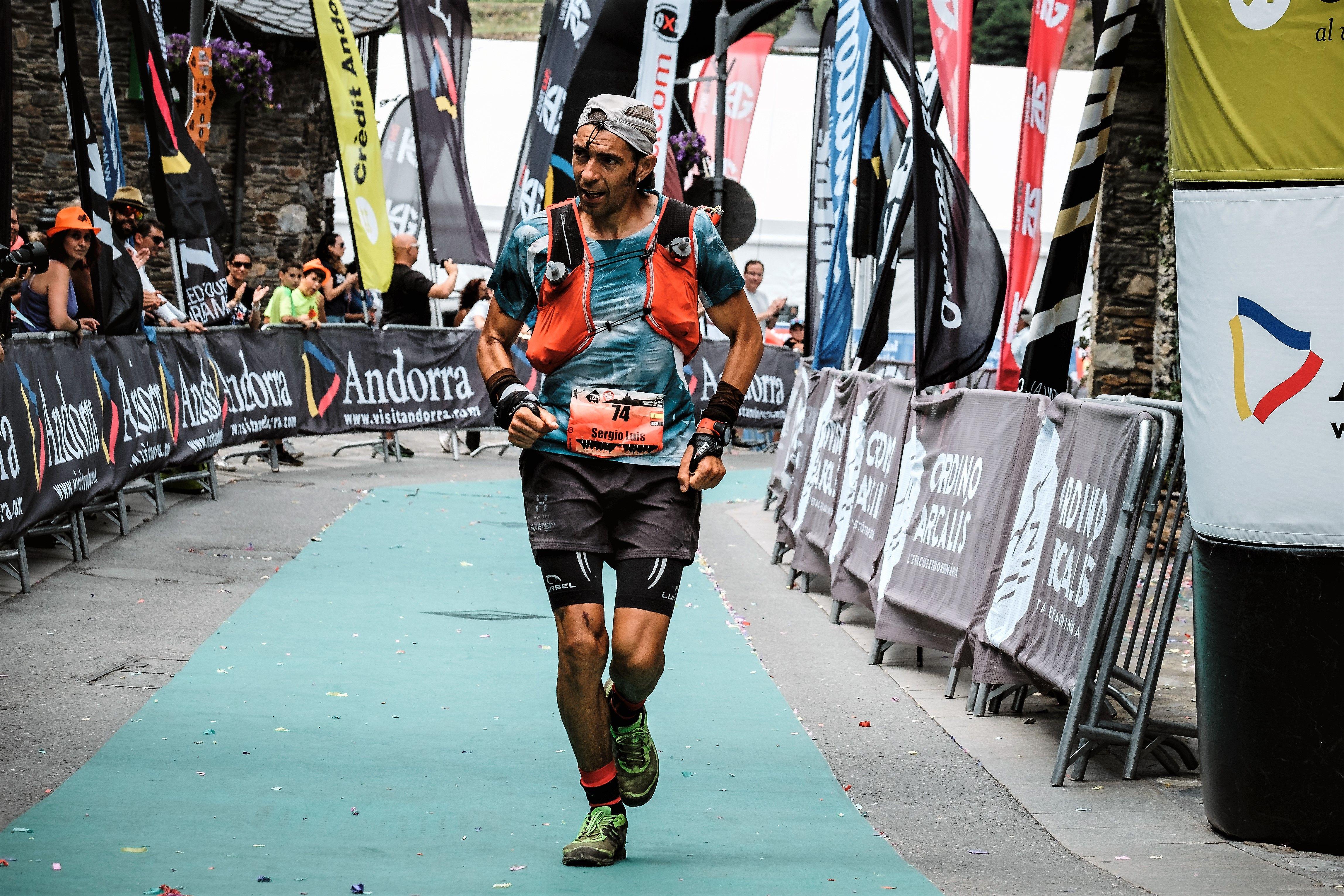 Silvia Trigueros Reventó El Récord Femenino De La Ronda Dels Cims De La Andorra Ultra Trail En Más De Una Hora Andorra Femenina Parejas Mixtas