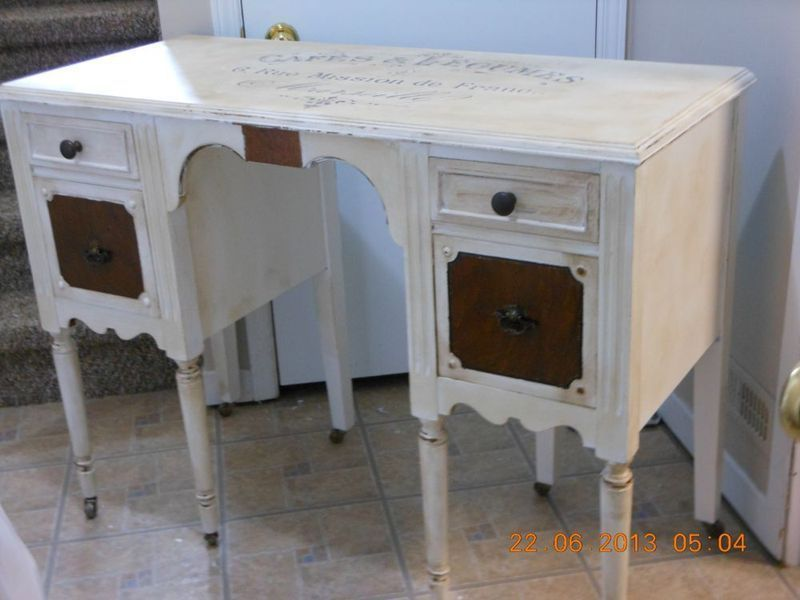Vintage desk with burl wood details and French label