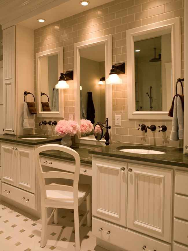 Double Sink Bathroom Vanity With Makeup Table Traditional