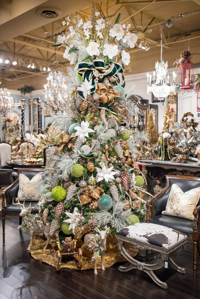 Luxury Christmas Tree Decorating in 2020 Luxury