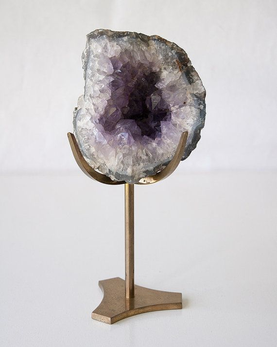 Vintage Geode With Display Stand Rock Decor Shop Decoration Display