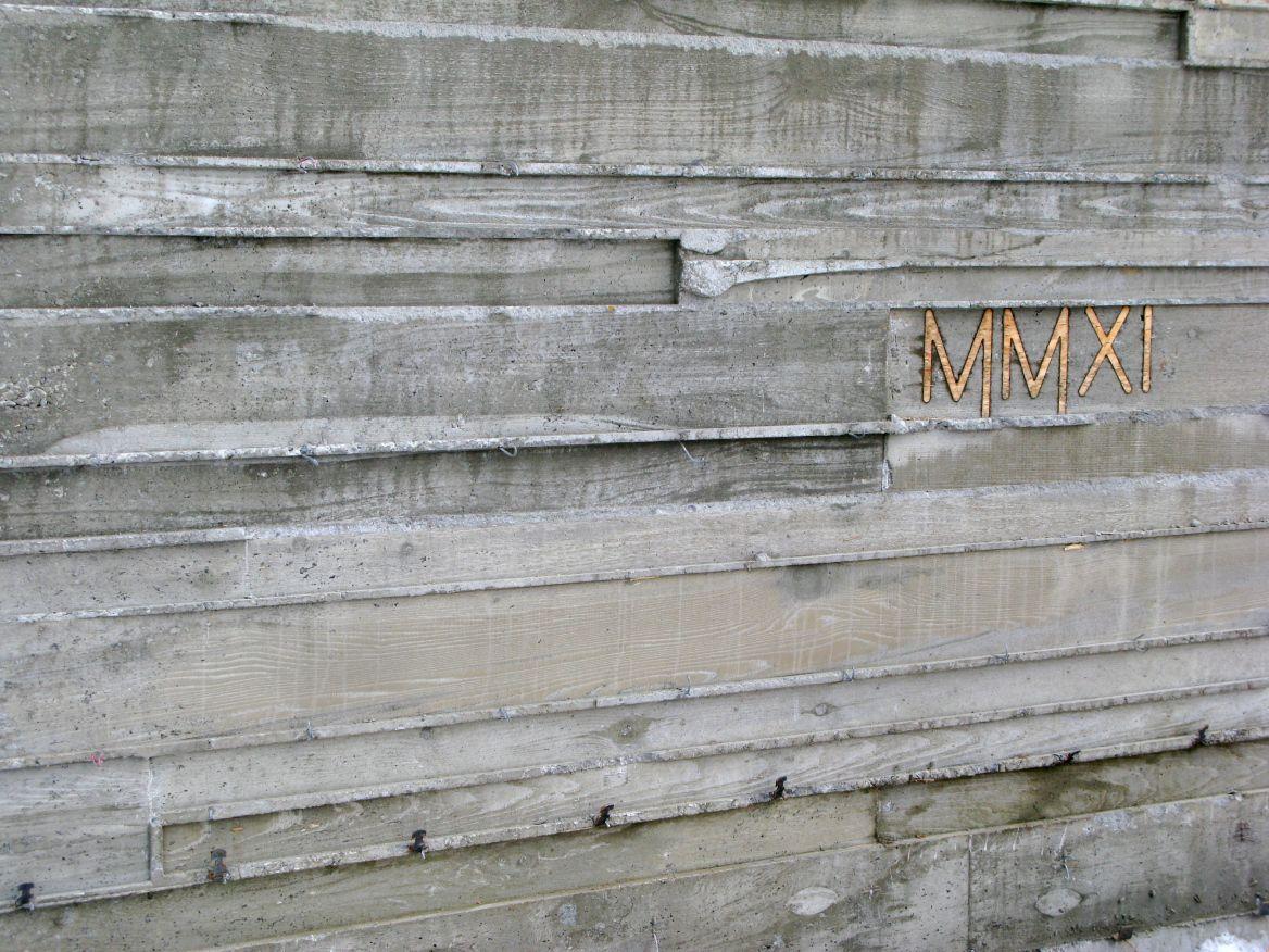Img 3401 Concrete Wall Concrete Retaining Walls Board Formed Concrete