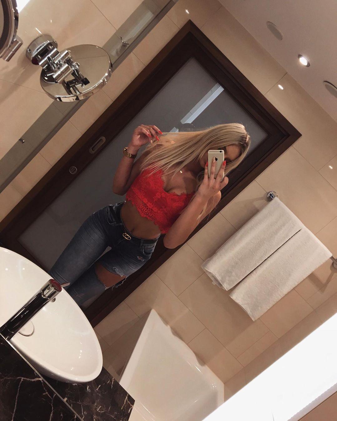 #polskadziewczyna #polishgirl #girl #girlpwr #blonde #blondegirl #blondehair #hair #longhair #outfit...