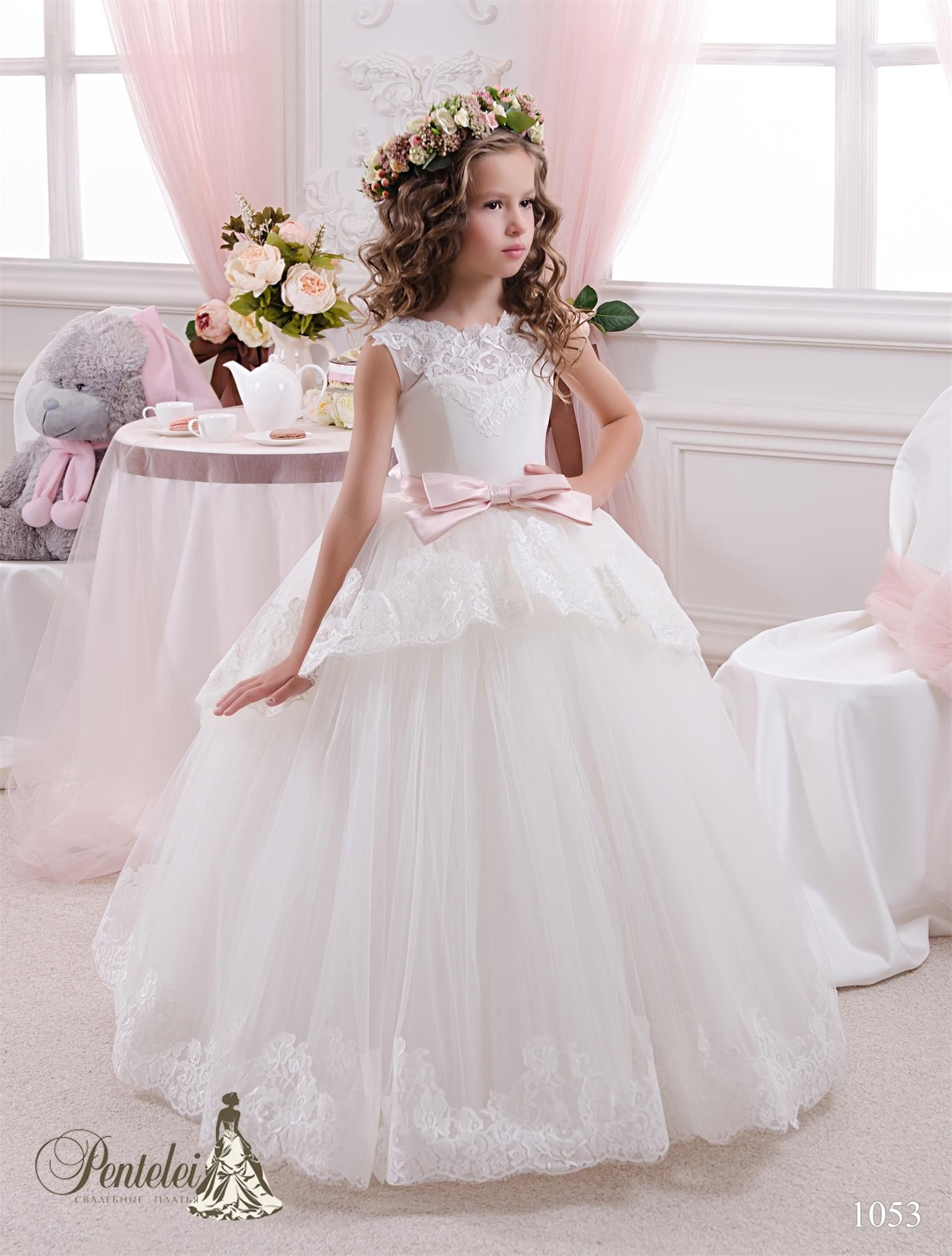 2016 Beautiful Kids Wedding Dresses Jewel Neck Appliques Tiers ...