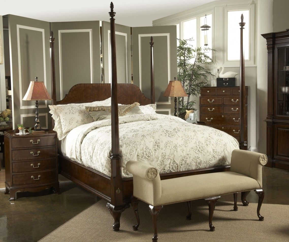 Terific Classic Style Design Of Small Bedroom Ideas Featuring Traditional King Canopy Bed In Da Fine Furniture Design Furniture Design Cherry Bedroom Furniture American bedrooms furniture classic