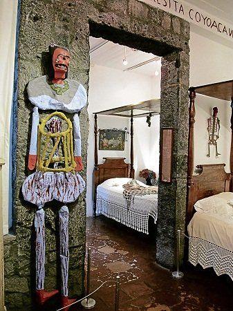 Frida Kahlo, folk art at Casa Azul