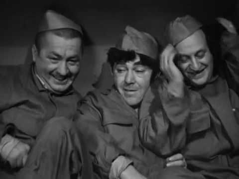 The Three Stooges 72 : Higher Than A Kite 1943