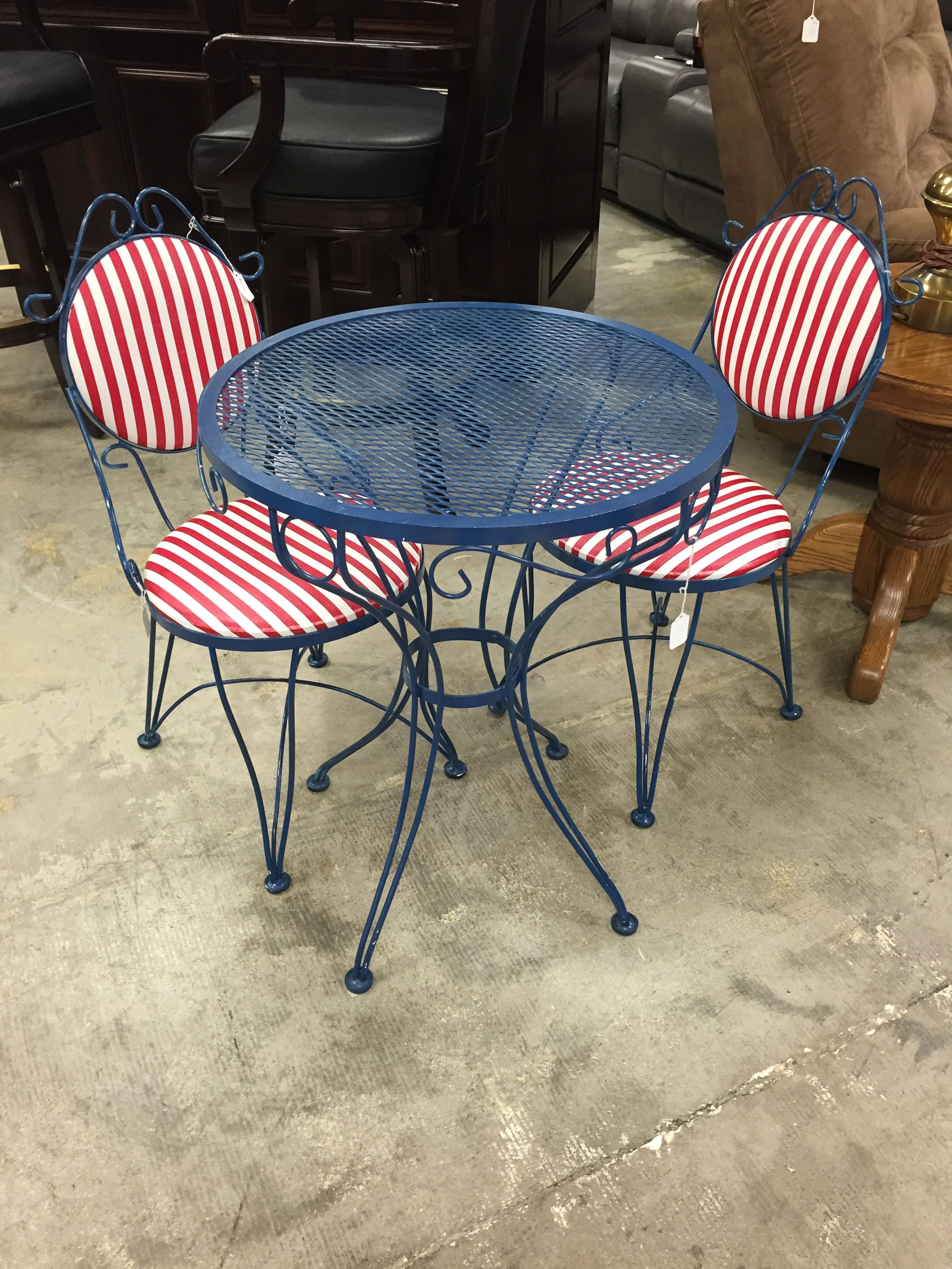 Fun and colorful patio set. Come by today before its gone