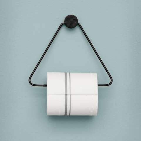 Ferm Living Toalettrull holder sort og messing via BOHEMIA. Click on the image to see more!