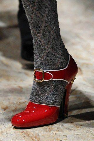 Show Fashion 2019Chosessûres In Prada Ready To 2016 Wear Fall yvY7Ibgmf6