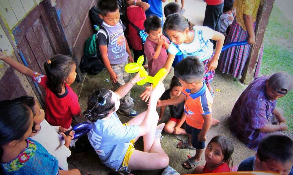 Awesome blog post giving you reasons and resources to volunteer abroad for free!  It´s imperative to open your eyes and your mind to new cultures and truly appreciate all that you take for granted in America.