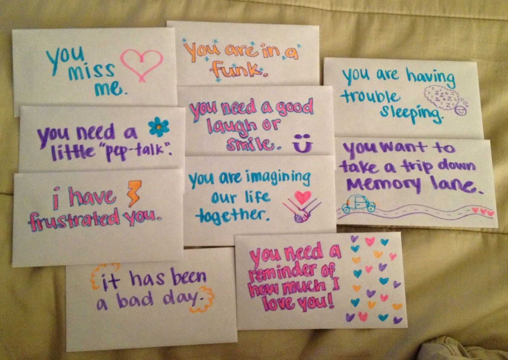 open when notes a lot of time heart went into these 10 notes to make them perfect for my boyfriend we are long distance i think these are