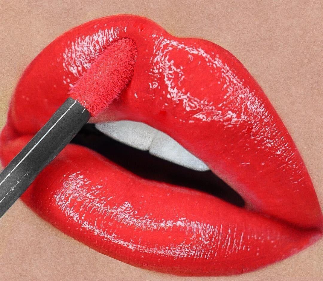 Gorgeous lip makeup