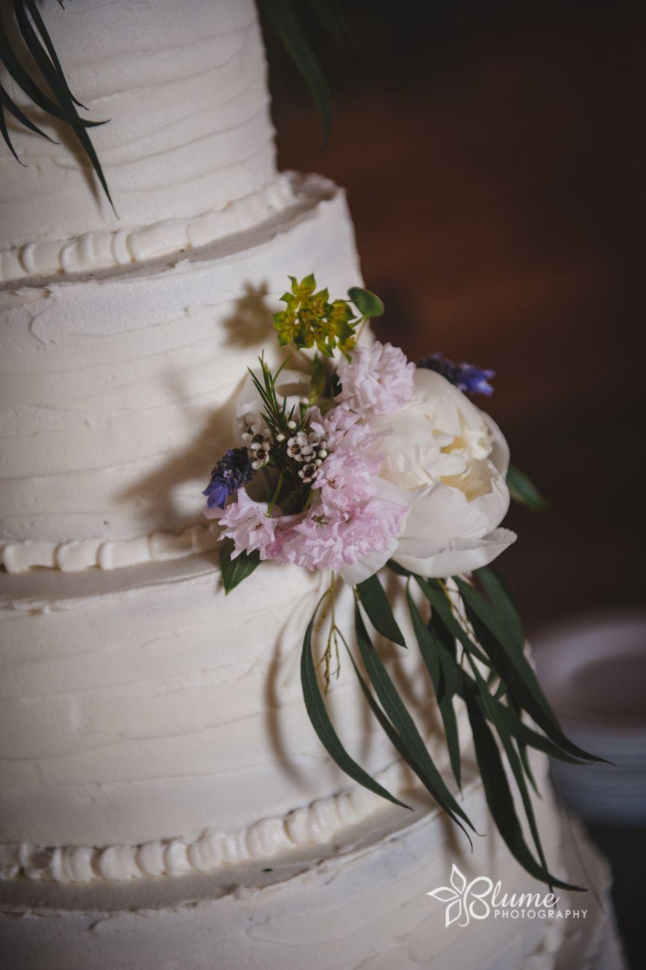 Cheney and bencake designs by debralake oconee ga wedding cake