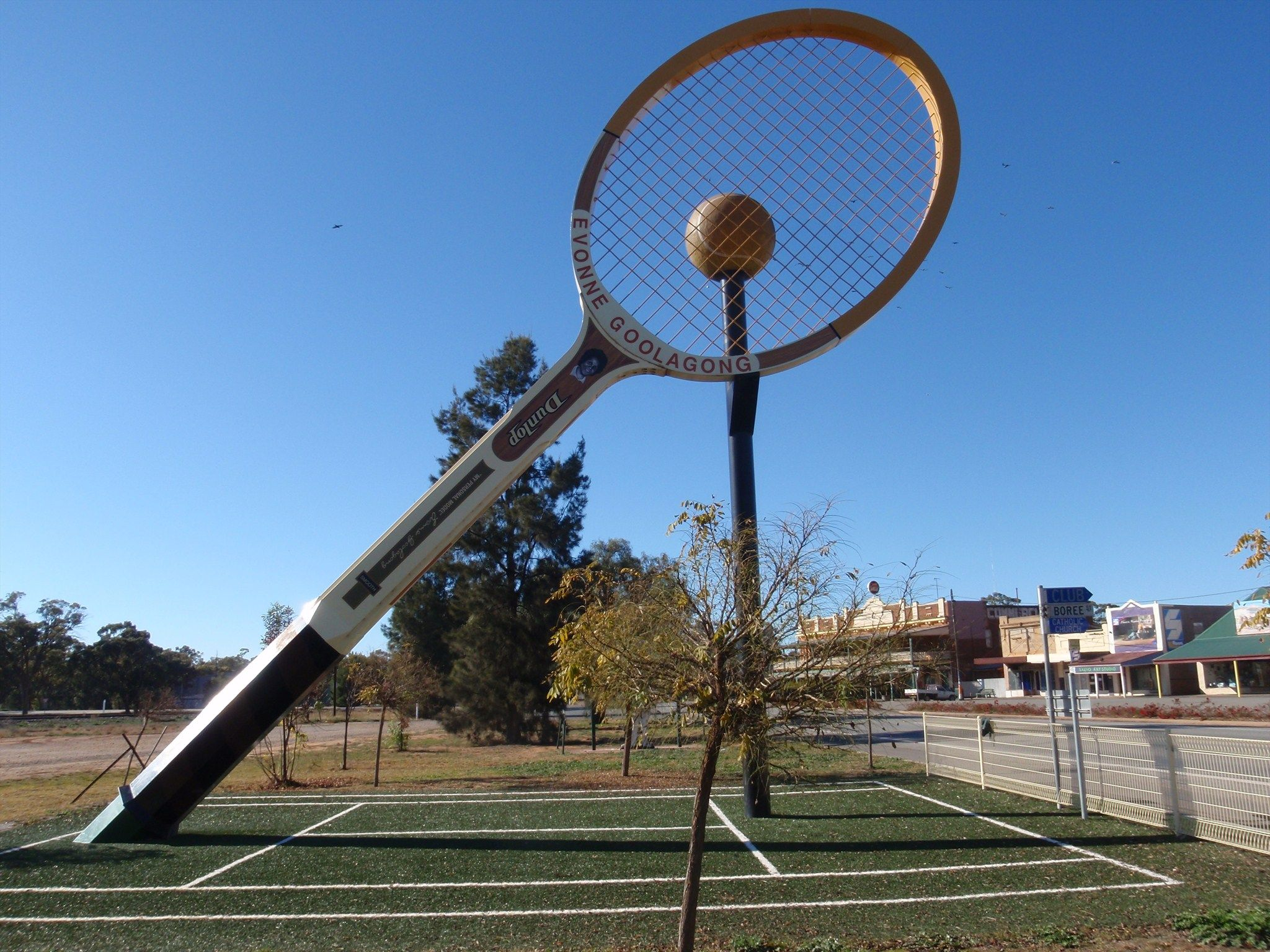 Giant Tennis Racquet Barellan Nsw Aus With Images New South Wales Roadside Attractions Australia