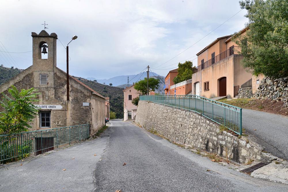 Omessa Chapelle SaninteCroix Corsica, Chapelle