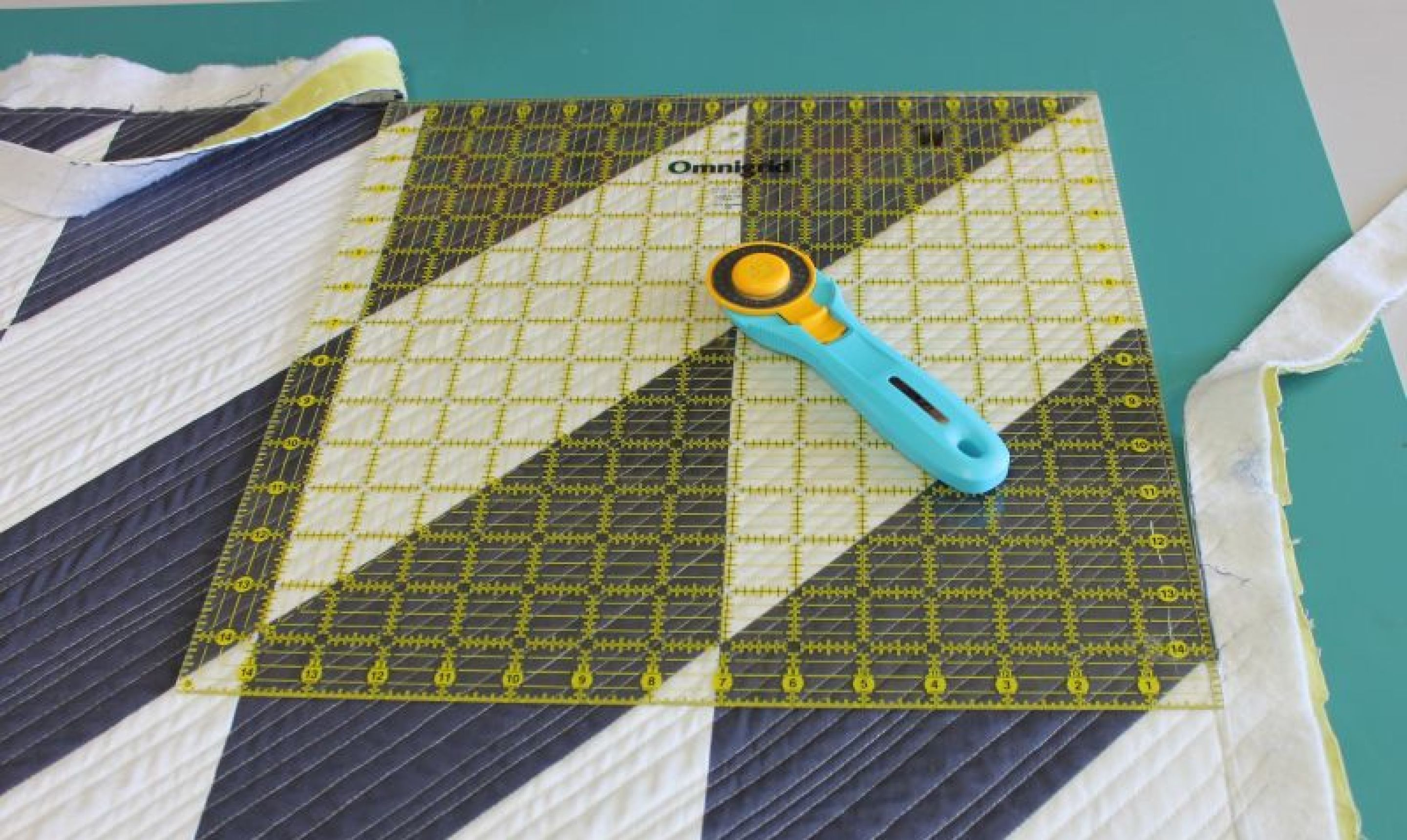 How to bind a quilt the complete guide quilt binding