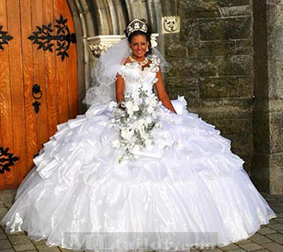 gipsy wedding dress by thelma madine jolies robes en