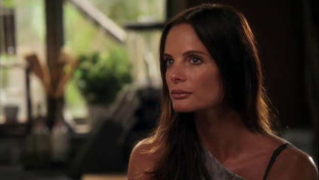"Burn Notice 5x08 ""Hard Out"" - Fiona Glenanne (Gabrielle Anwar)"