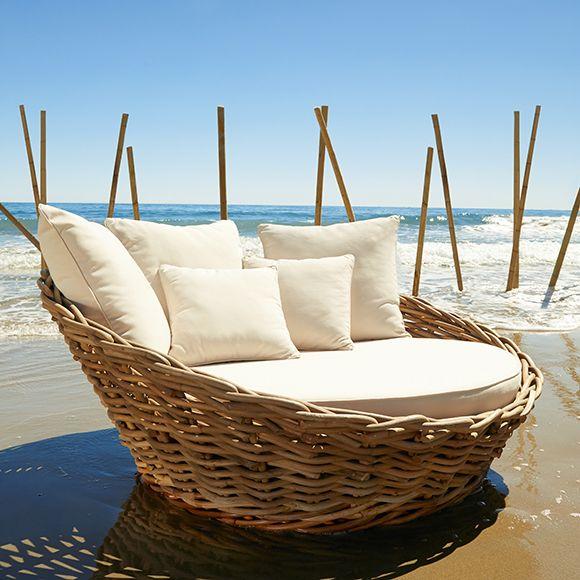 Sofa De Ratan Natural Y Poliester Marbella Ref 17355296 Leroy Merlin Beach House Interior Design Outdoor Daybed Beach House Interior