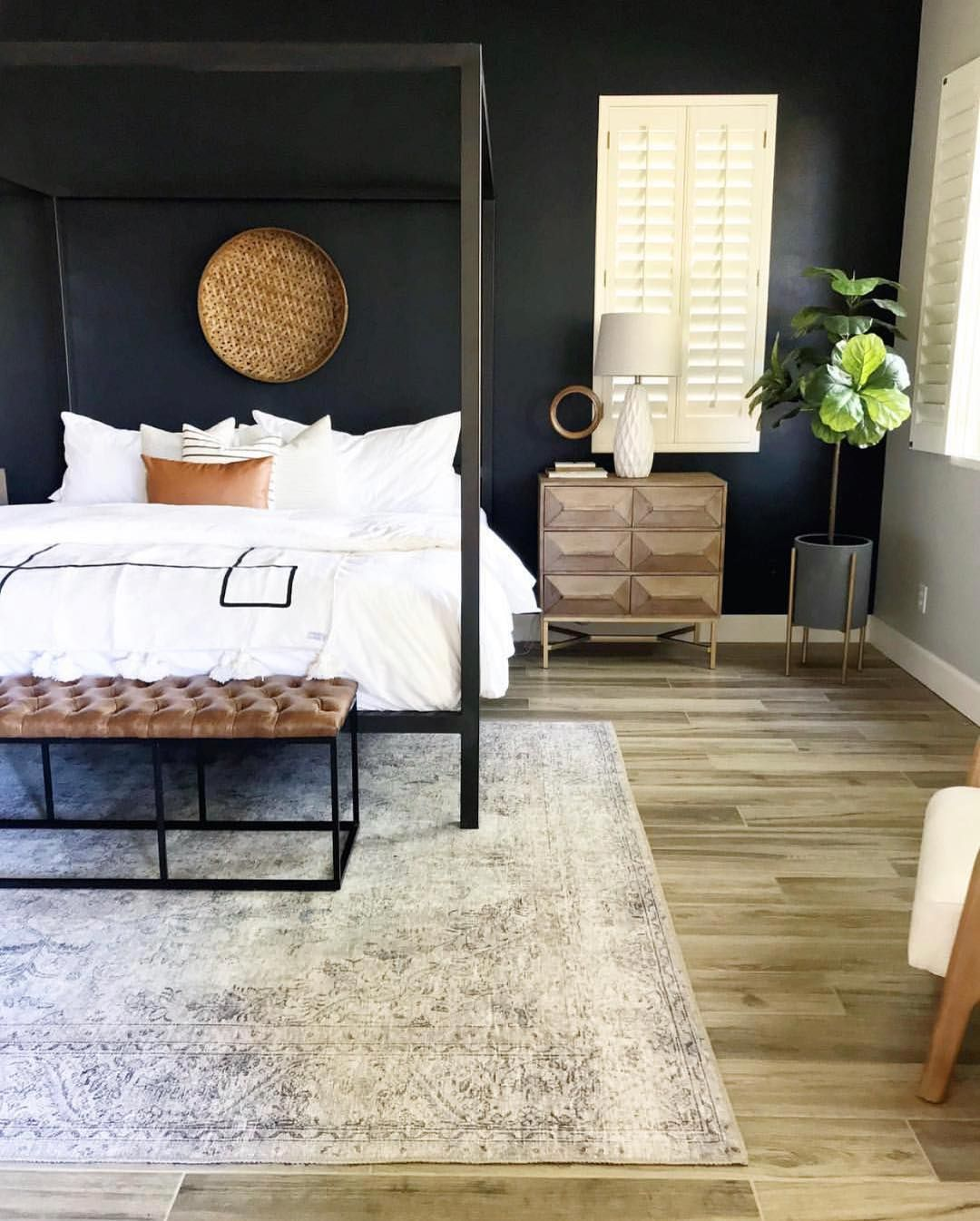 Mysha On Instagram Question How Do You Feel About A Black Accent Wall I M Diggin This Dr Black Accent Walls Dramatic Bedroom Scandinavian Design Bedroom