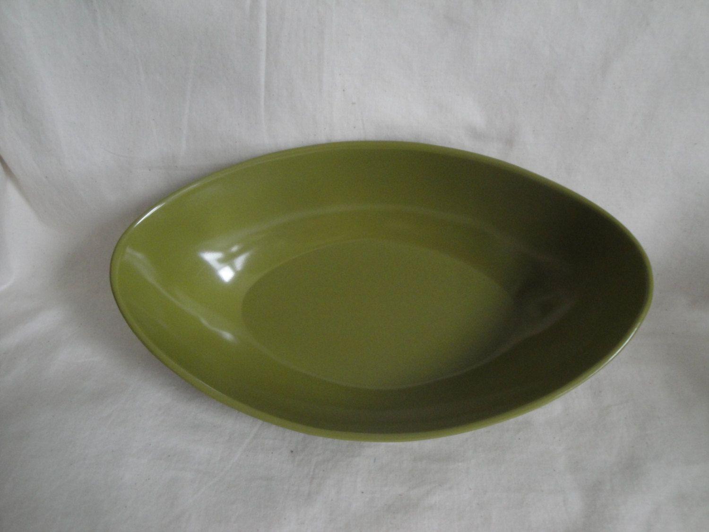 Oval Serving Bowl Melamine Avocado Green 50 39 S Vintage Hard Plastic Serving Bowls Avocado Green Bowl