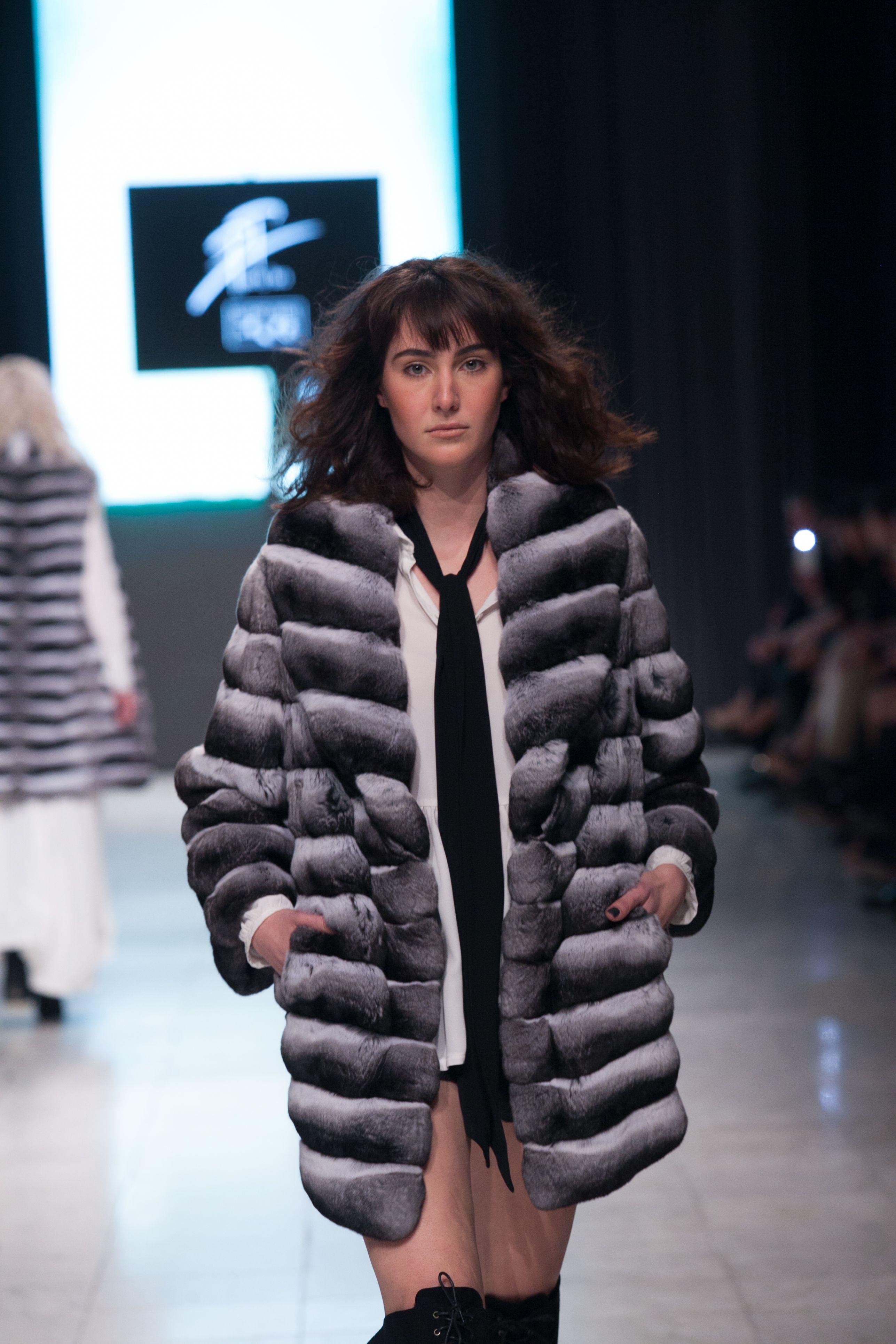 Catwalk: Black & White Chinchilla Fur Jacket. | PT Gala 2016 ...