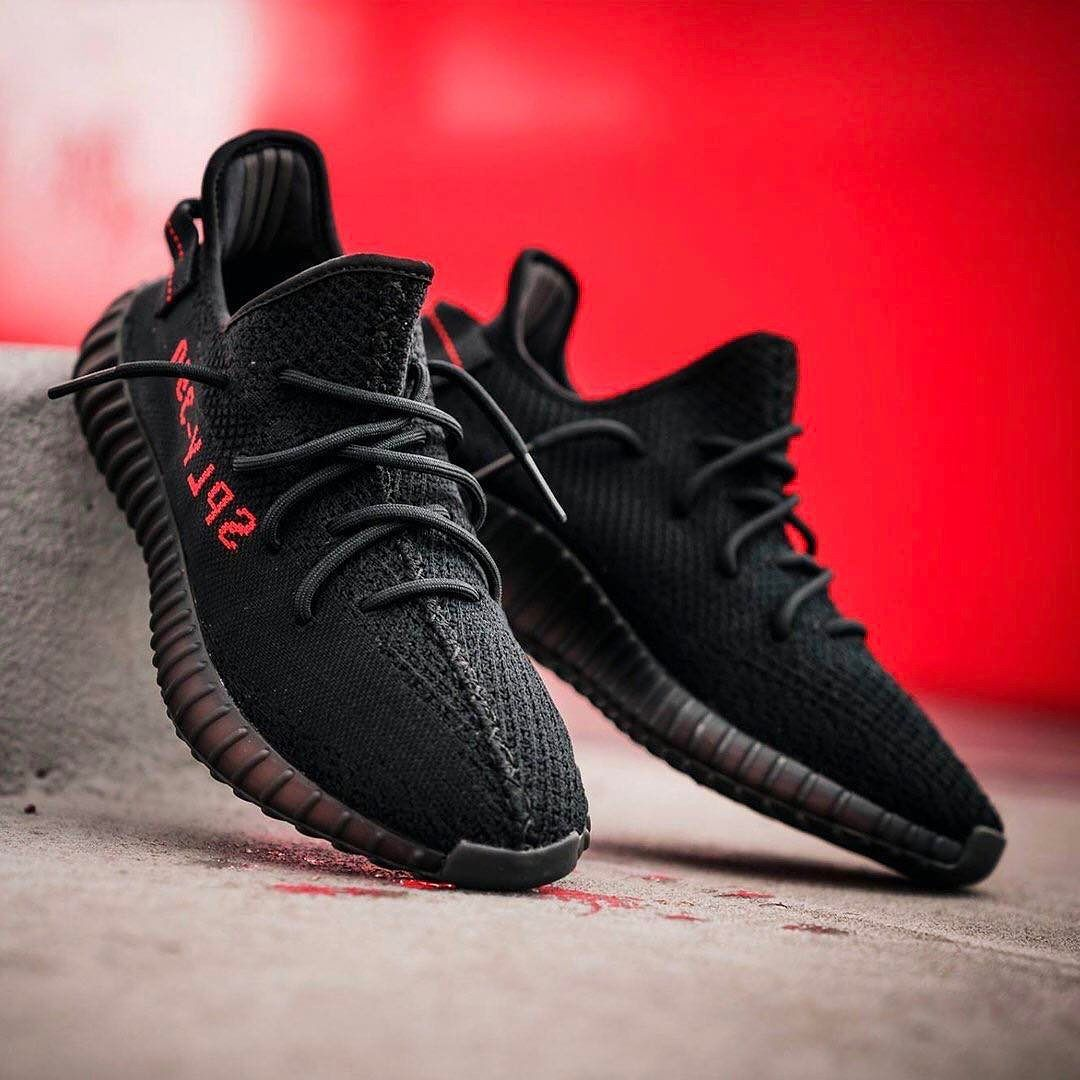 adidas yeezy black red