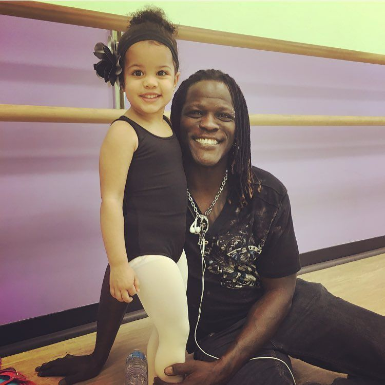 Wwe Superstar R Truth Ron Killings With His Daughter Lacey At Her