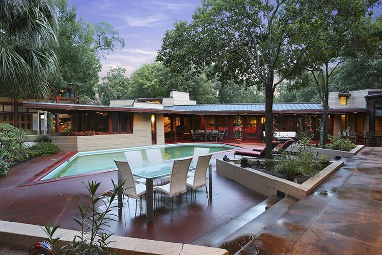 Frank Lloyd Wright midcentury modern in Houston Mid Century