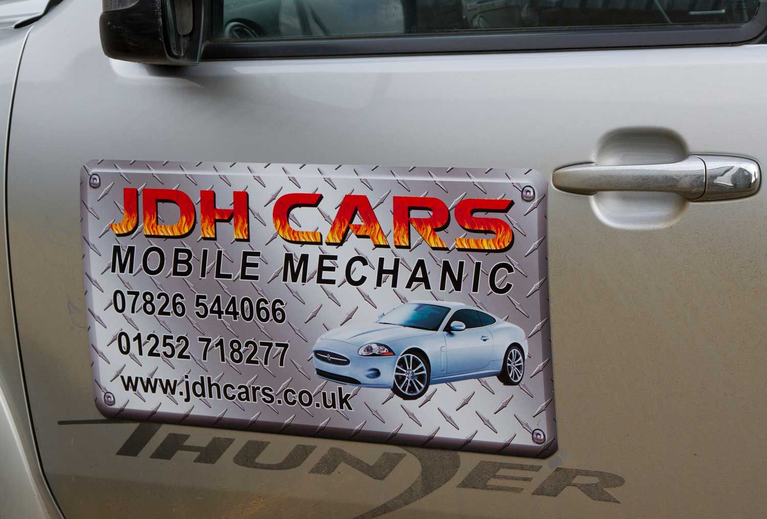 Magnetic Business Signs For Vehicles