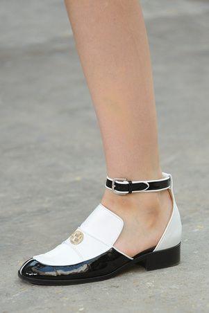 release date c130a 926cc Estos Chanel no pueden faltar en tu look este verano.
