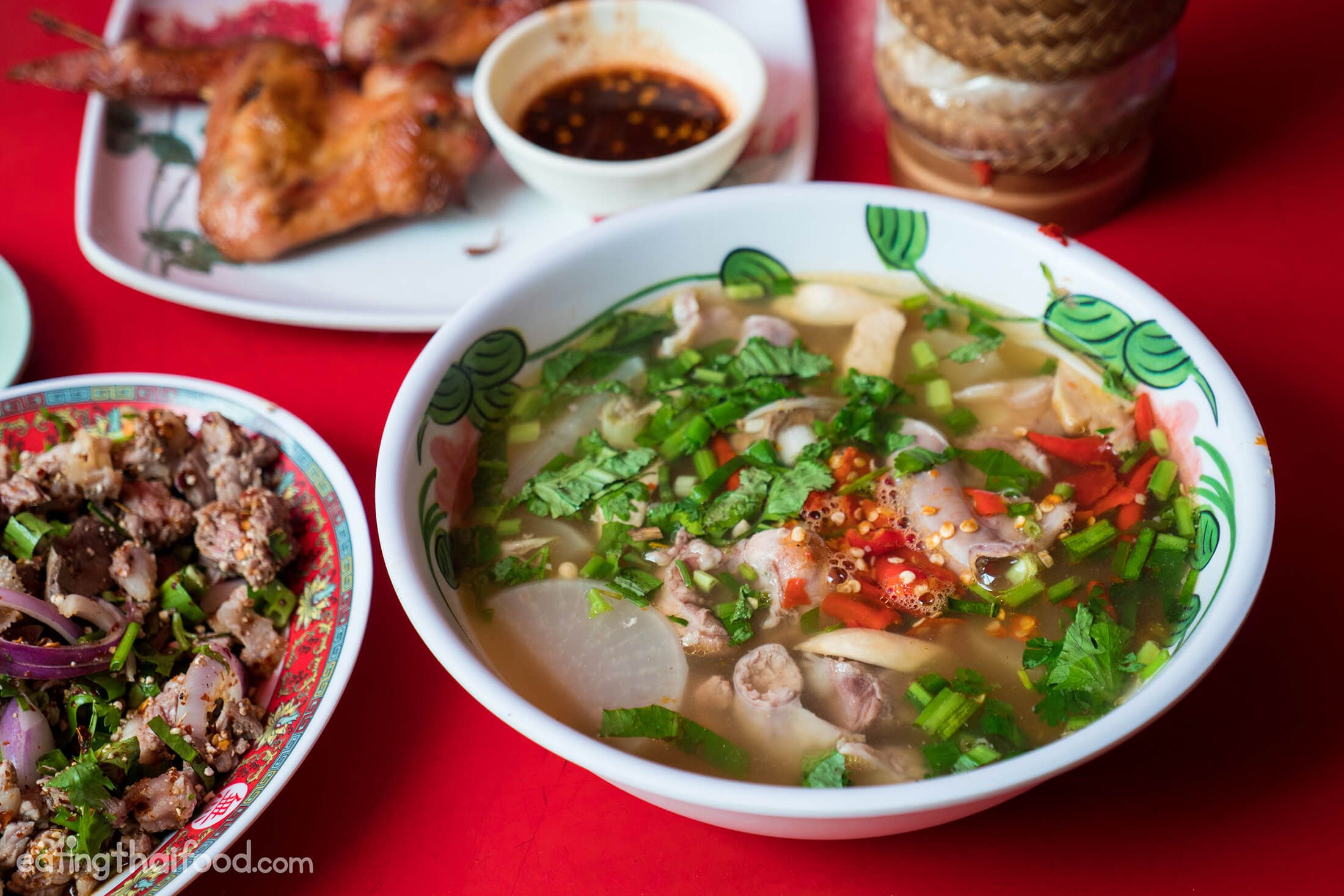Real deal isaan food in bangkok at som tam jay so in this thai green papaya salad recipe youll learn to make thai street food style green papaya salad its easy to make and tastes delicious forumfinder Image collections