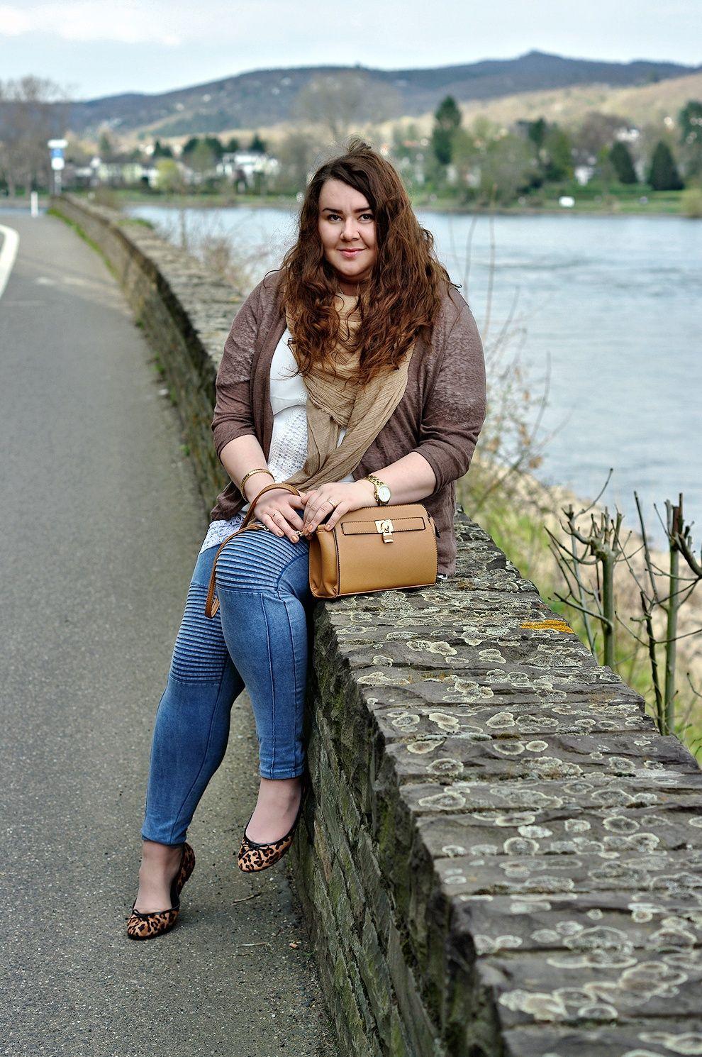 Große Größen Plus Size Fashion Blog - clean style - brown cardigan ...