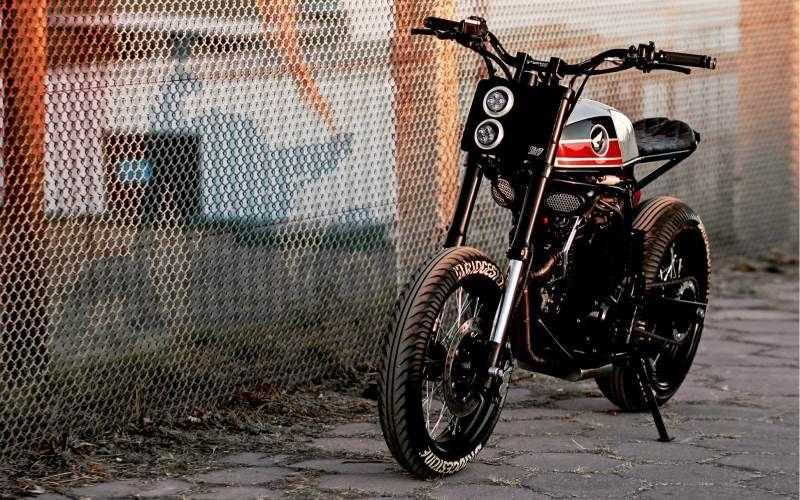 Honda NX400 Super Cobra by Lucky Custom | Cafe racer