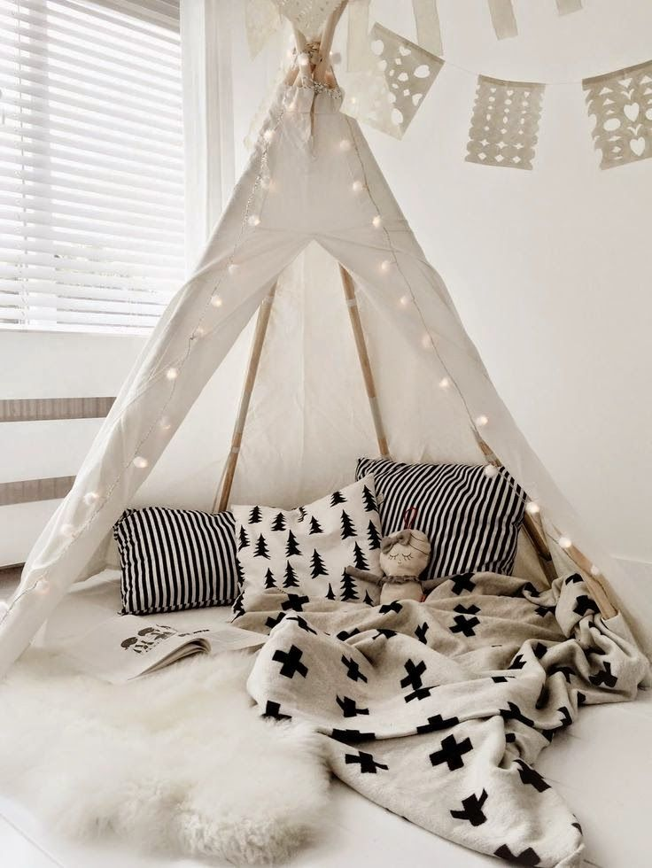 detailed look 857a8 eeb5e the boo and the boy: teepees | Momma of Boys | Kids room ...
