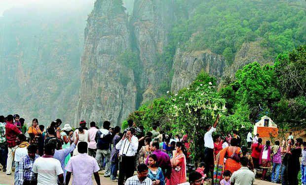 Tourist Favorite place pillar rock in kodaikanal