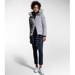 Light quilted jackets -  Down jacket in slim fit with fur collar PeutereyPeuterey  - #EasyFitness #F...