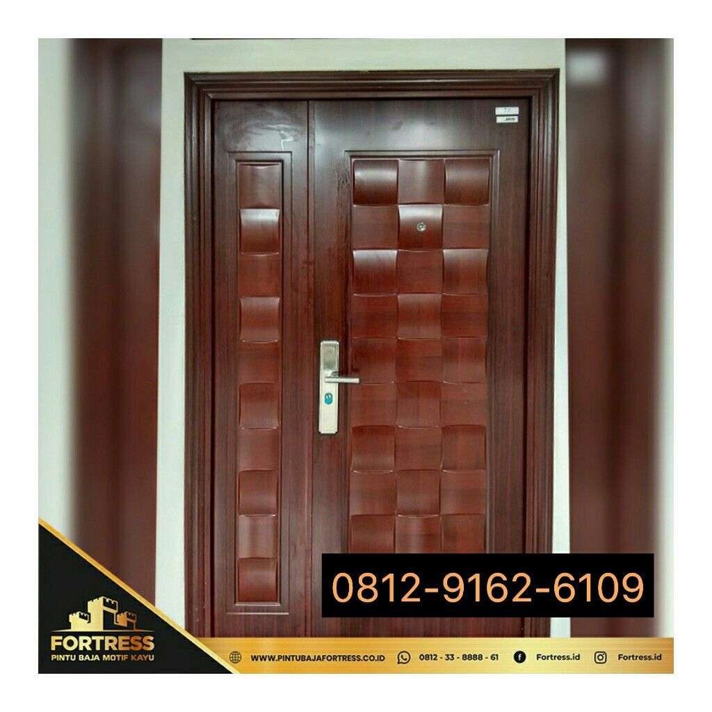 0812-9162-6108 (FORTRESS), Central Room Door