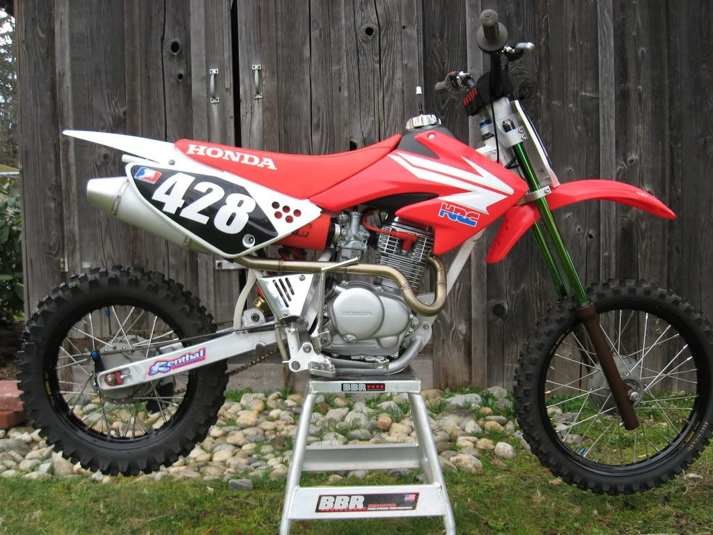 Pictures of crf70 plastic on crf100 Pit bike, Dirtbikes