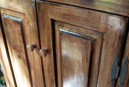 Home Dzine   Use Woodoc Gel Stains To Get A High End Finish On Low Cost  Furniture