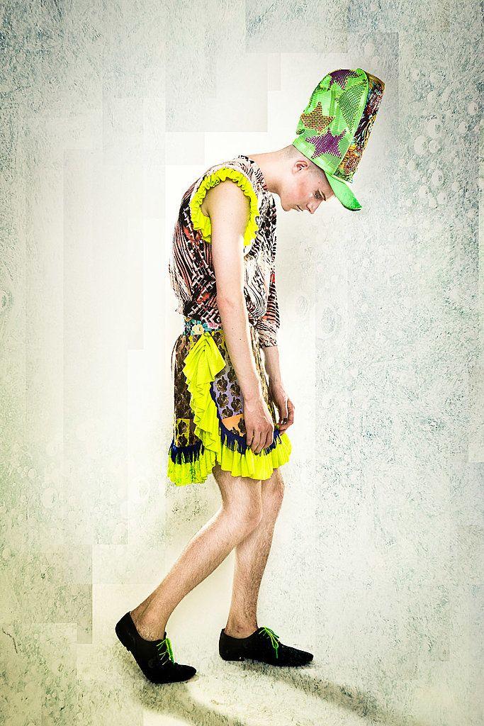 COMET CLUB COLLECTOR LOOKBOOK  Lookbook for the special SS13 collection Comet Club Collector by Tata Christiane  Hair & Make up: Nicole Constance Murek Model: Frida (Pearl Management), Alan, Eriko Rikomax Aki